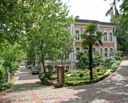 Yıldız Teknik Üniversitesi Beşiktaş Kampüsü'ne En Yakın Kız Yurdu